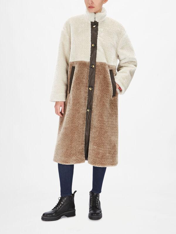 Daffy Coat