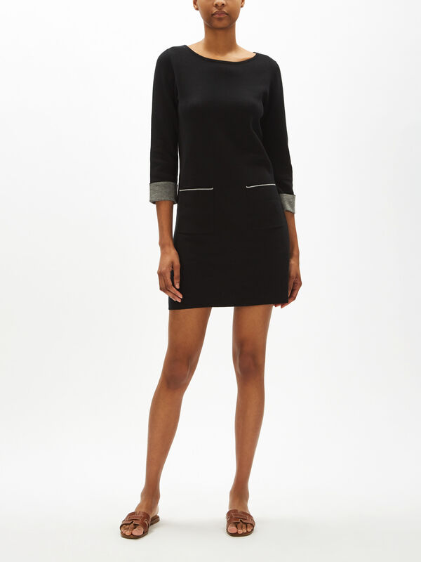 Flat Knitted Dress With Pockets