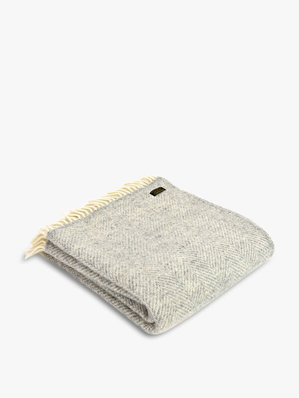 Lifestyle Fishbone Throw