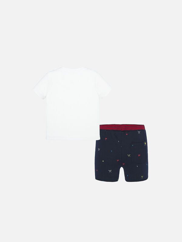 Rowing T-Shirt And Shorts