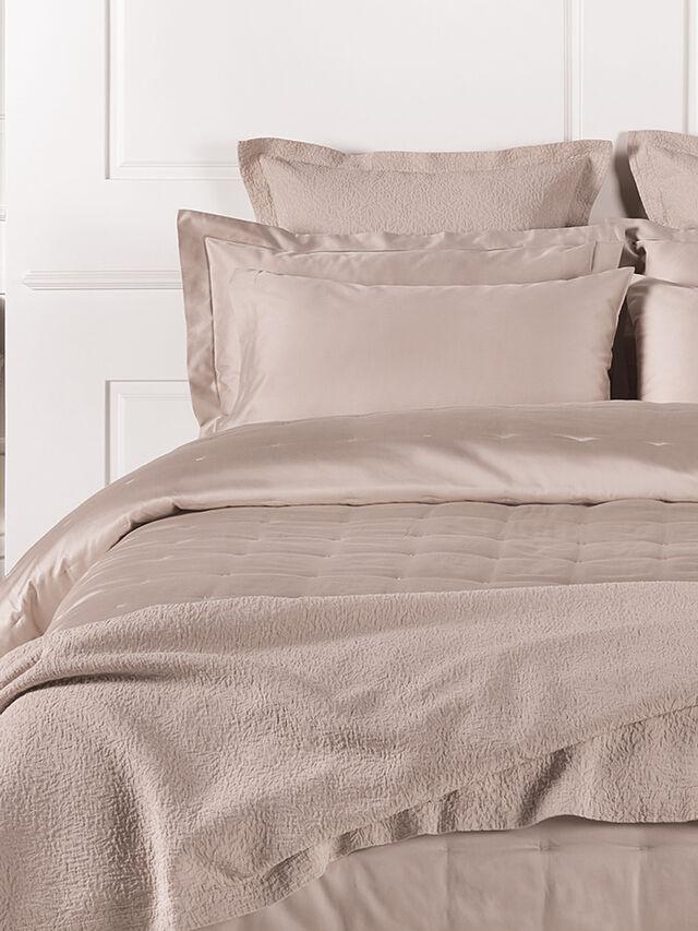 Tamara Matelasse Bedspread