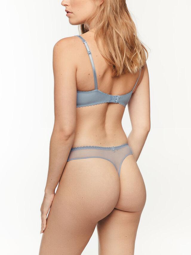 Elise String