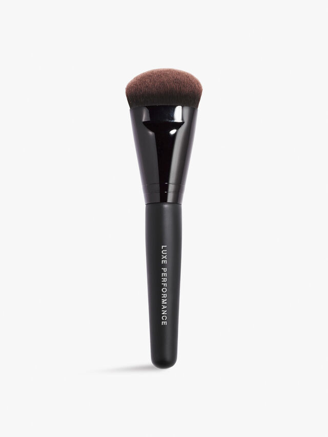 Luxe Performance Liquid Foundation Brush