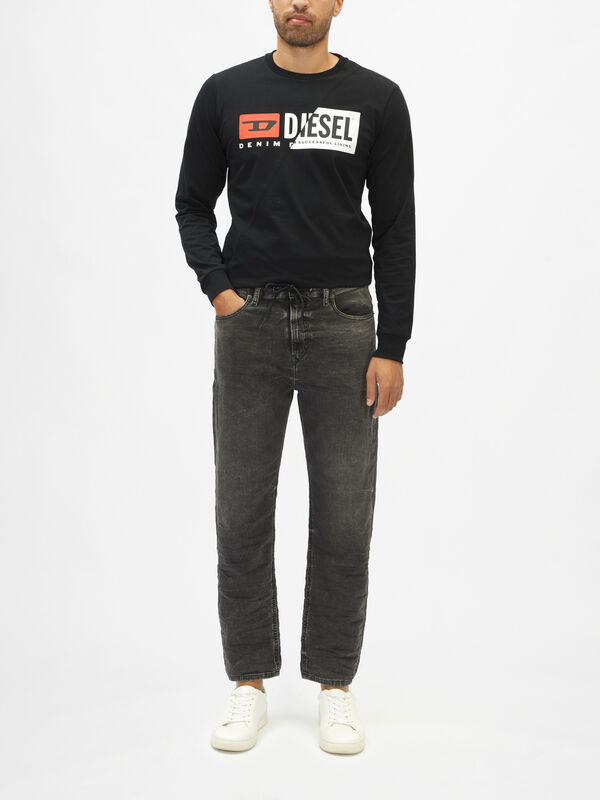 D-Vider Slim Tapered Jeans