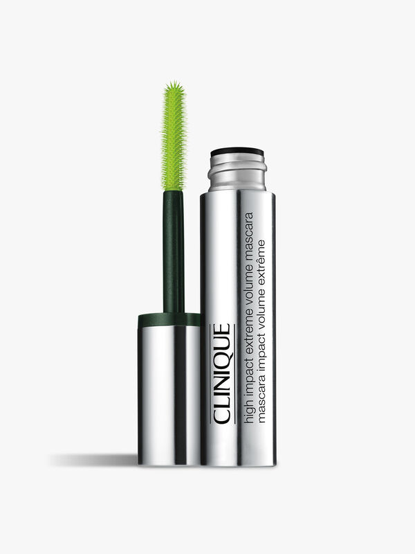 High Impact™ Extreme Volume Mascara