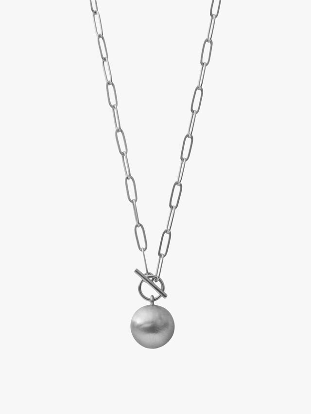 Tabitha Long Circle Necklace