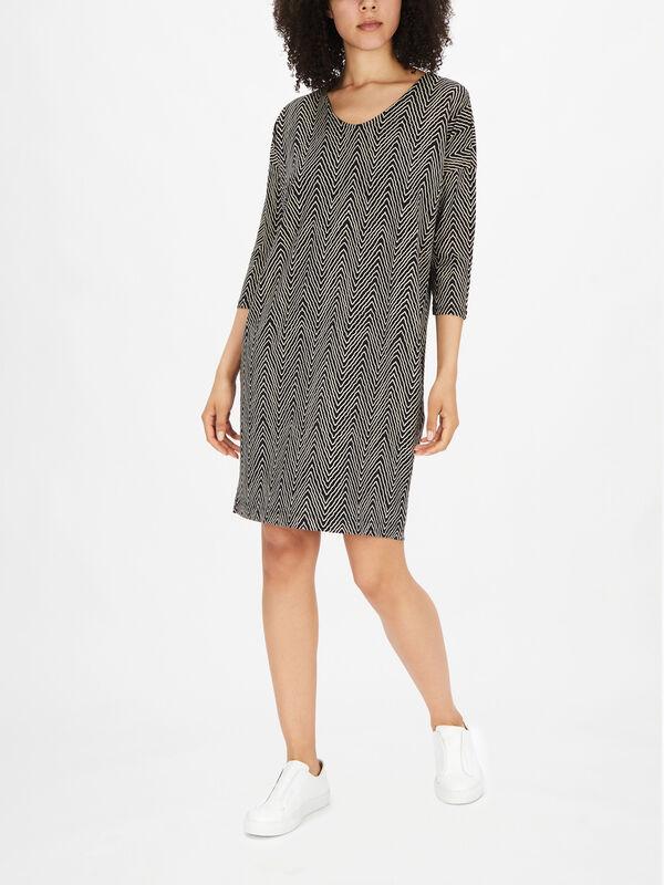 Nebine Crop Sleeve Scoop Neck Zig Zag Print Dress