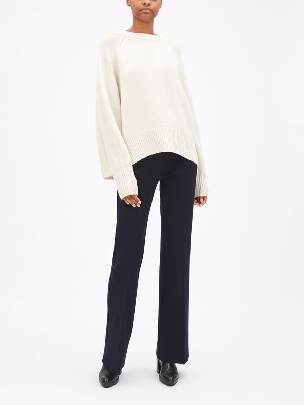 Bredin Sweater
