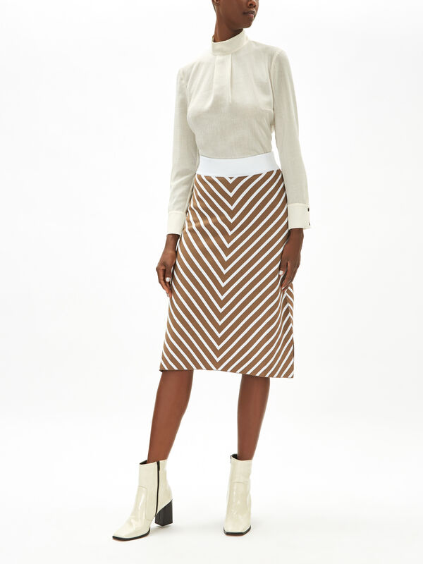 Chevron Pattern Knit Midi Skirt