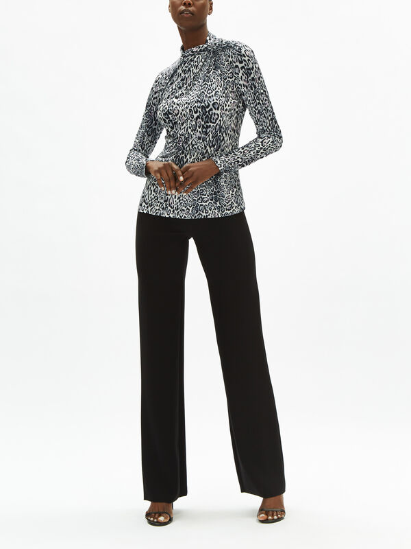Carrie Leopard Knit Top