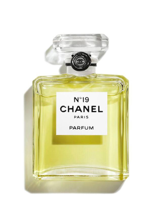 N°19 Parfum Bottle 15ml