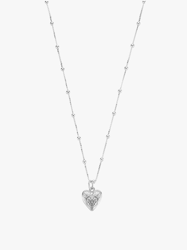 Patterned Heart Pendant Necklace