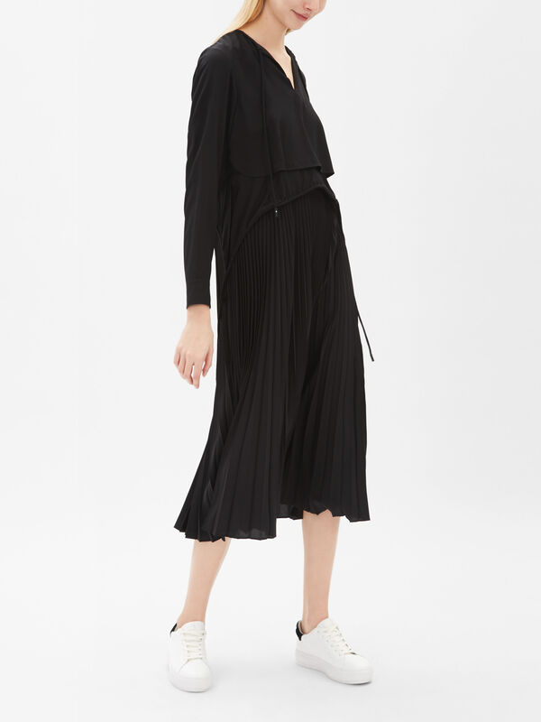 Lari Pleat Skirt Dress