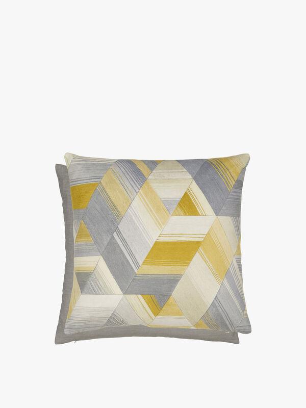 Axal Cushion