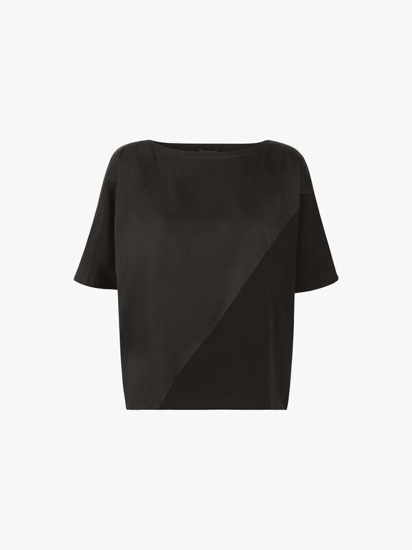 Bateau Neck Short Sleeve Top