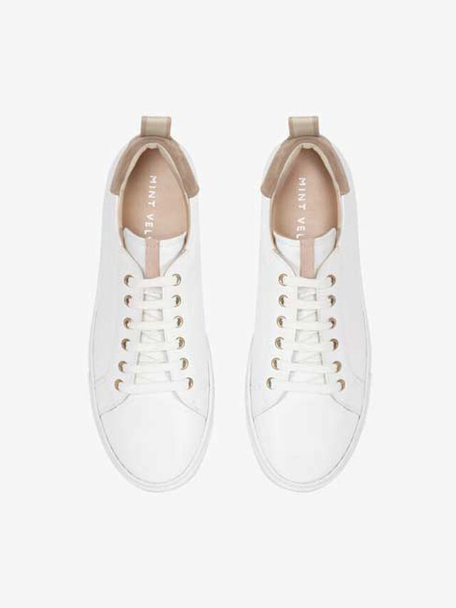 Allie White & Nude Trainers