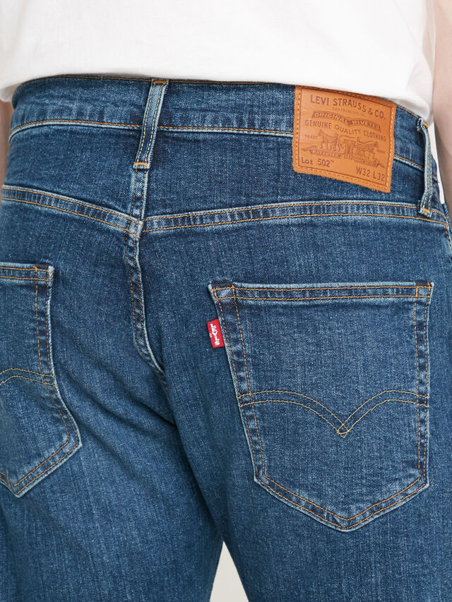 502 Tapered Jeans