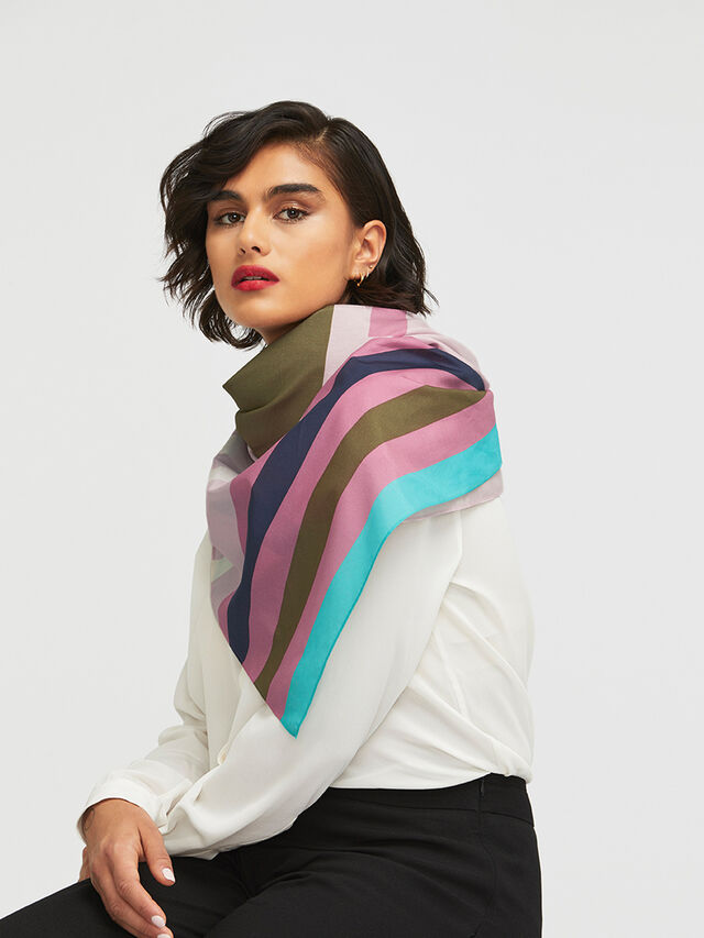 Collier Scarf