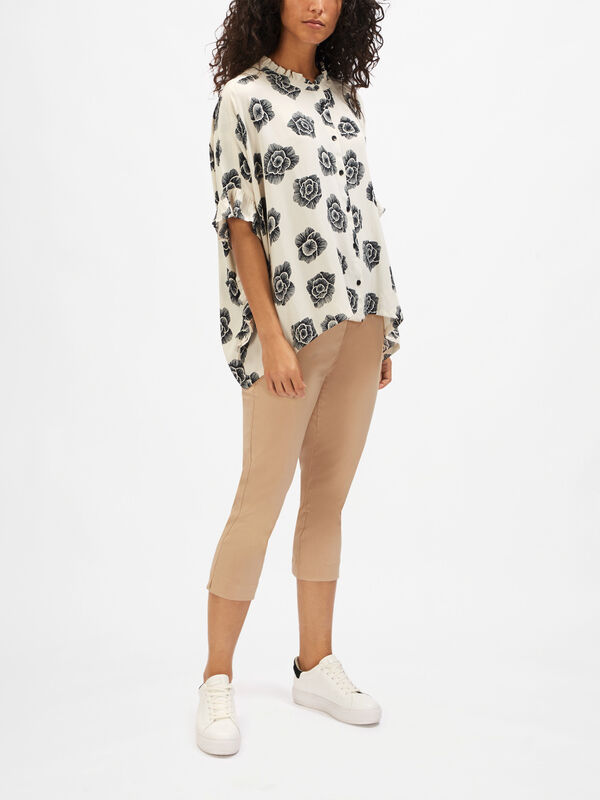 Ioya Flower Print Ruffle Sleeve Blouse