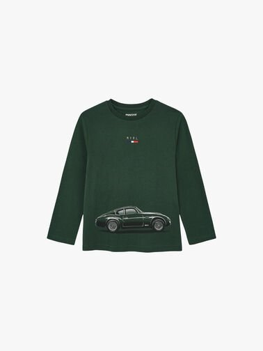 L-s-Top-with-Car-0001184253