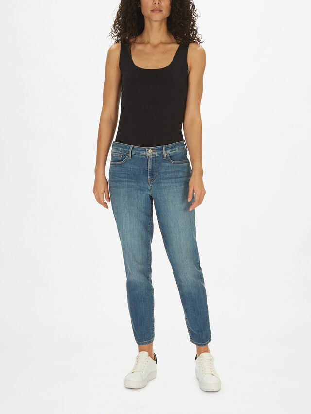 Easyfit Ankle Waisted Girlfriend Jeans