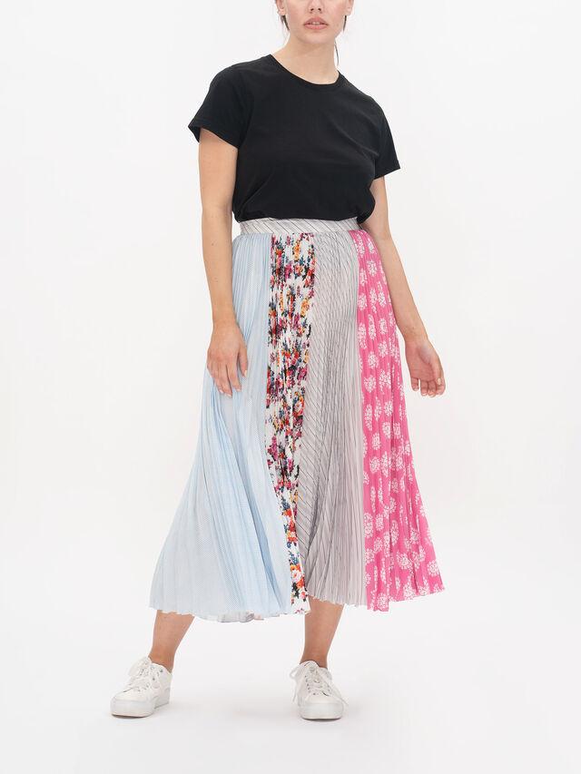 Pleated Printed Skirt