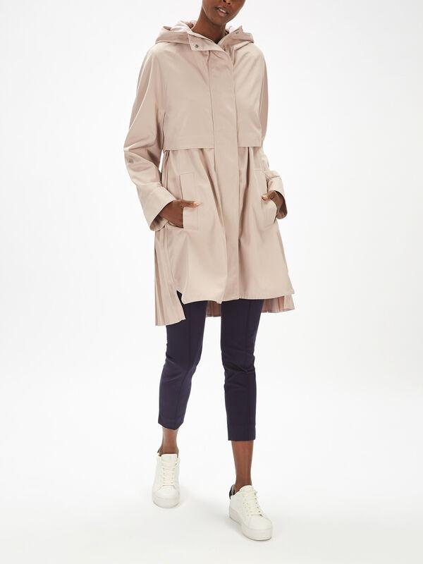 Uvetta Pleated Coat