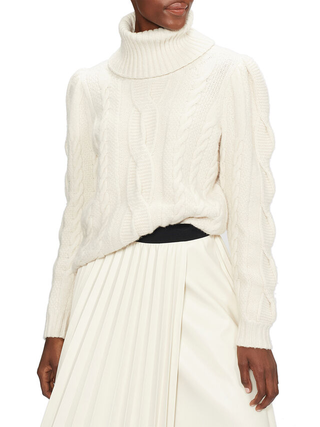 VVERA Extreme Sleeve Cable Sweater
