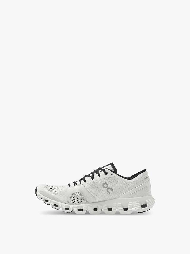 Cloud X Runner Shoe