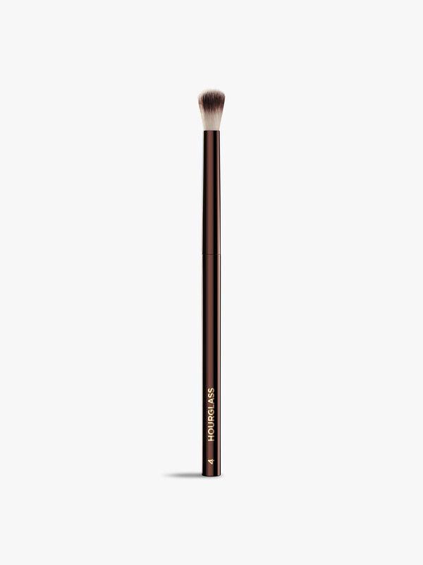 No. 4 – Crease Brush
