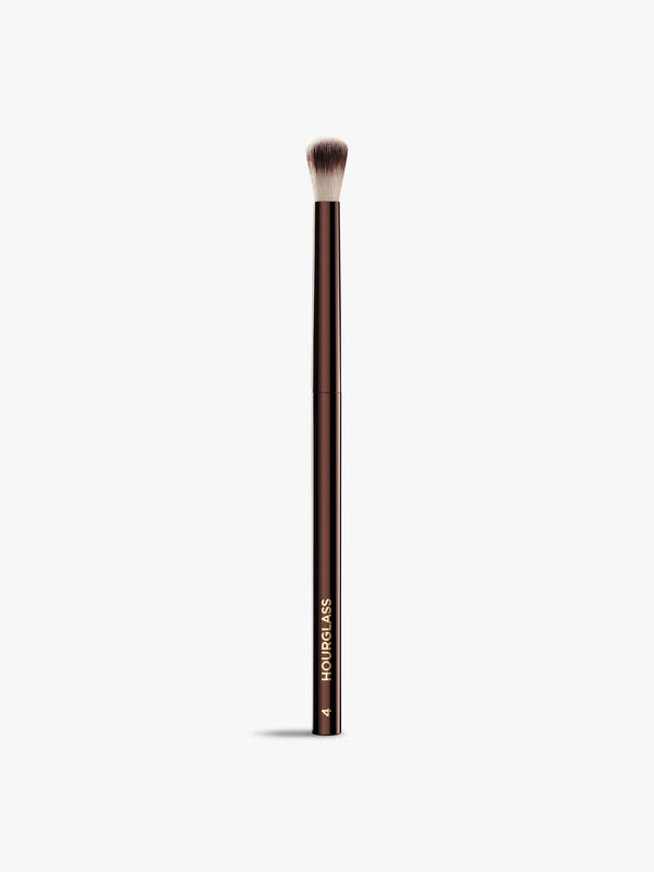 No. 4 – Crease Brush