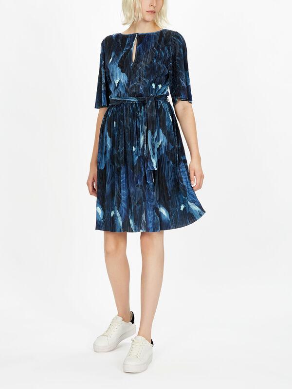 Prestigi Short Sleeve Key Hole Pleated Dress