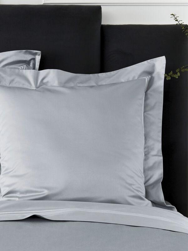 Palais Lux European Pillowcase