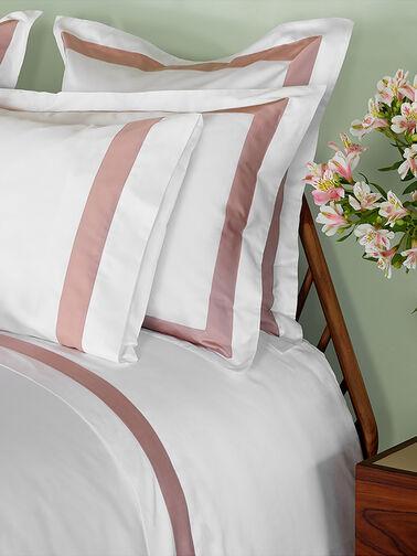 Alice-Long-Pillowcase-Amalia