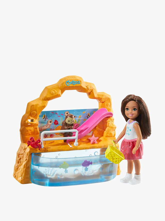 Club Chelsea Doll And Playset