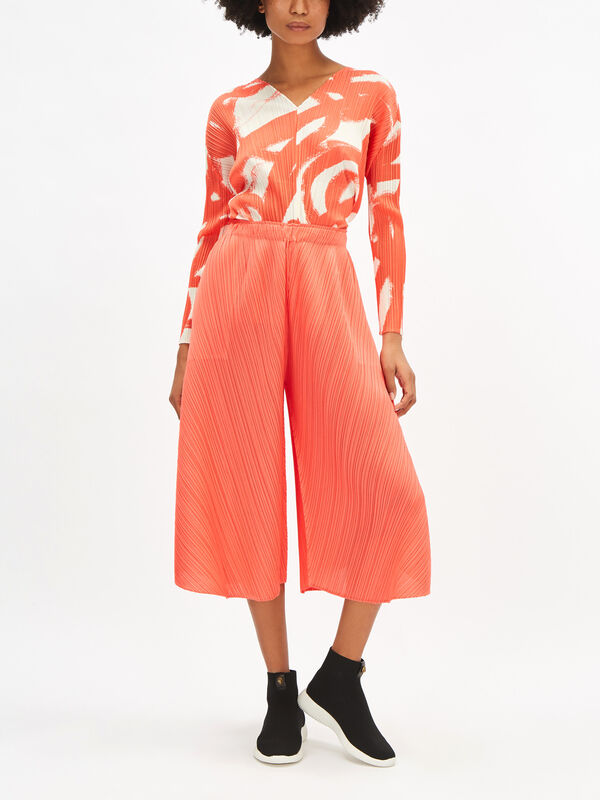 Curved Trouser