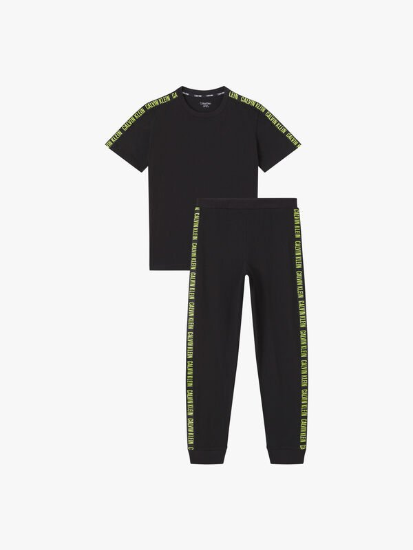 T-Shirt and Cuffed Pants Pyjama Set