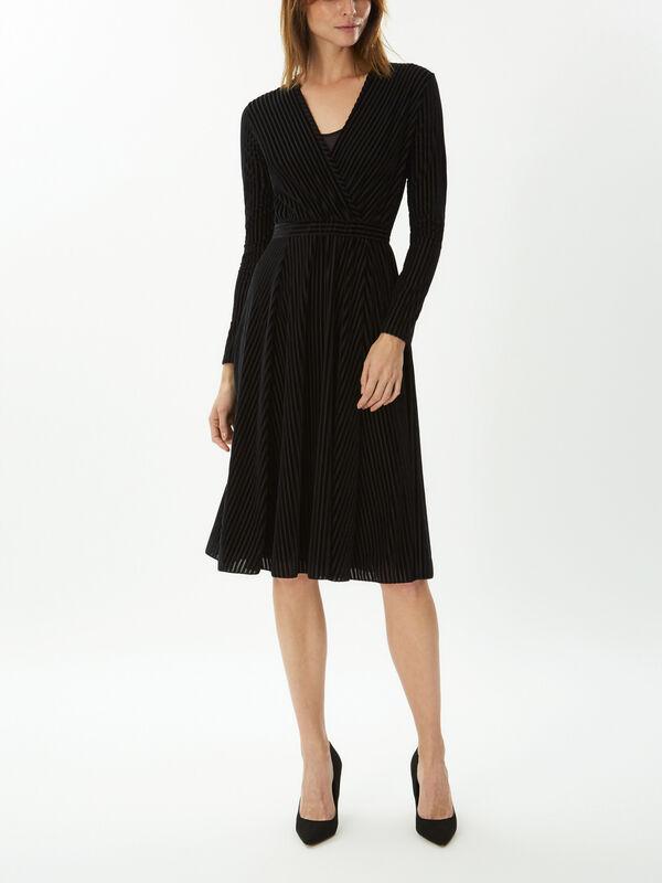 Pregio Velvet Pleated Dress