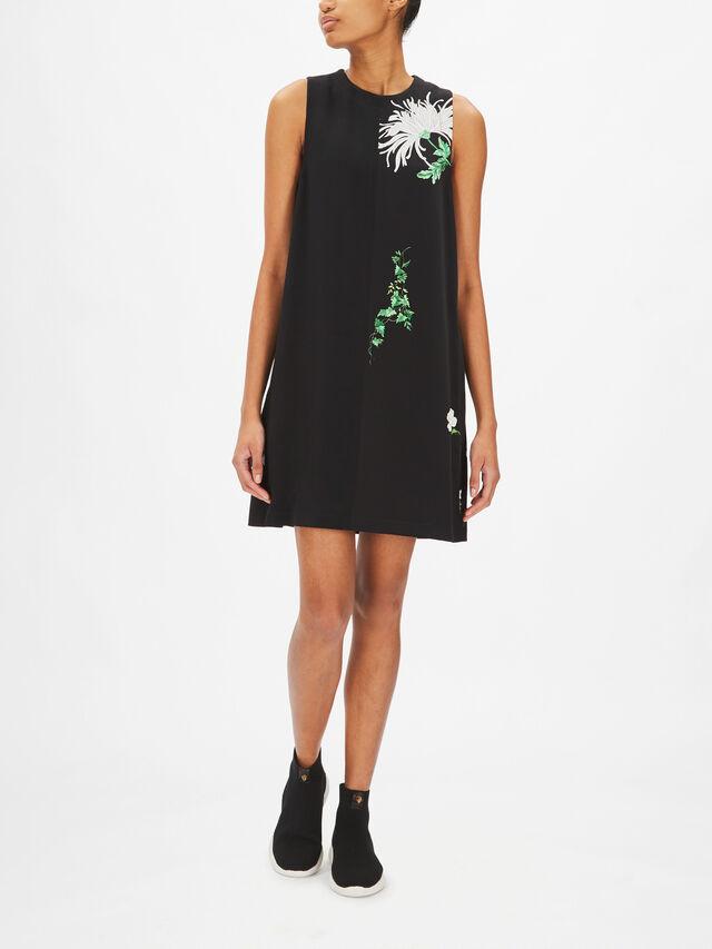 Floral Motif Shift Dress