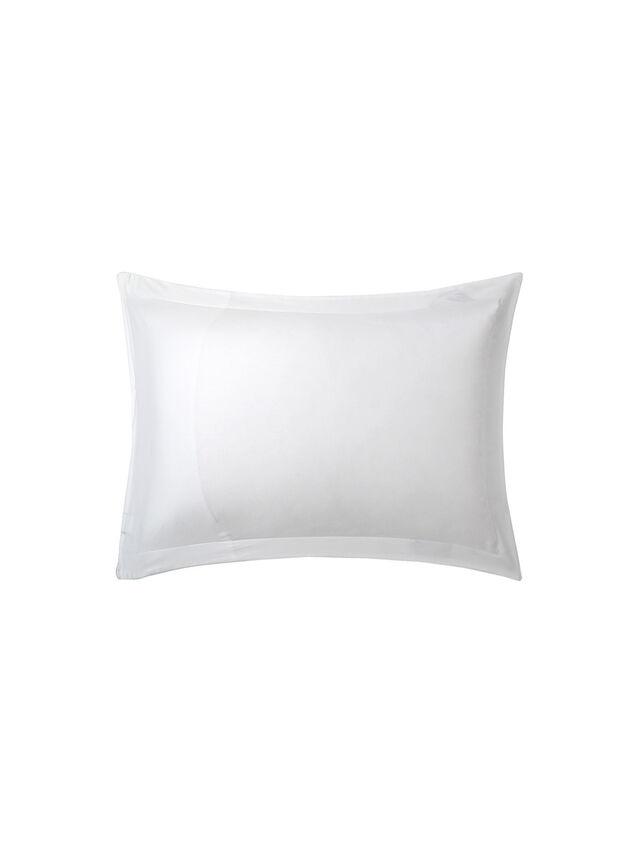 Celeste Standard Pillowcase