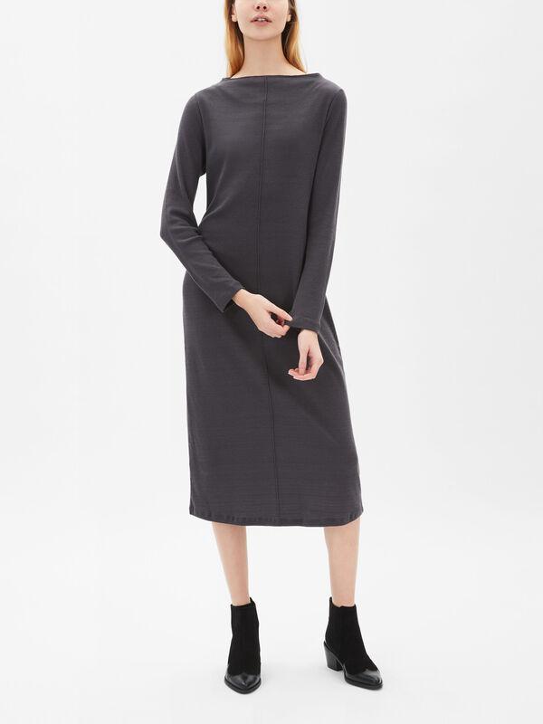 Easy Wear Long Sleeve Dress