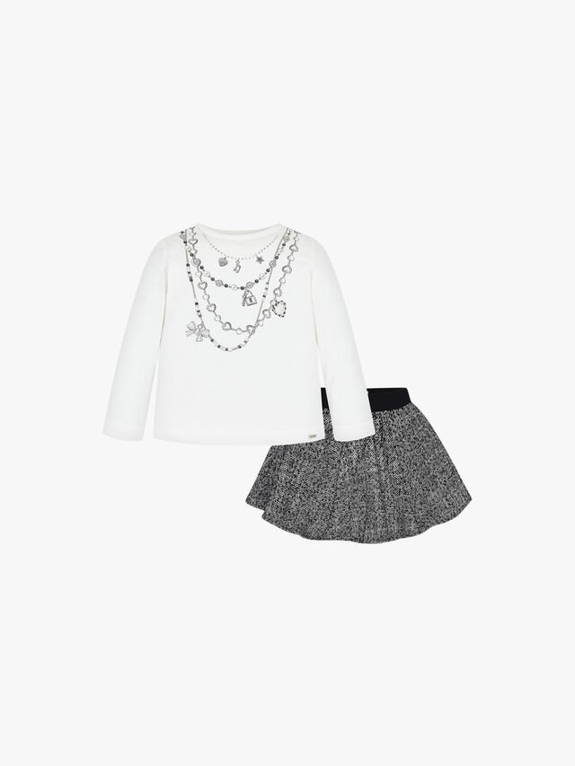 Skirt And Necklace T-Shirt Set