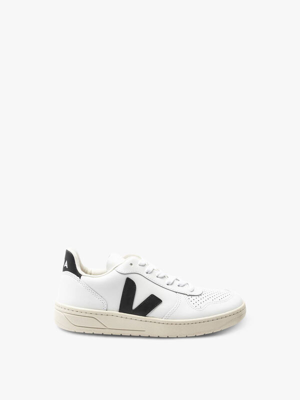 V10 Leather Trainers