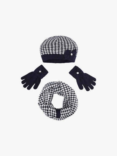 Hat-Scarf-and-Glove-Set-0001184400