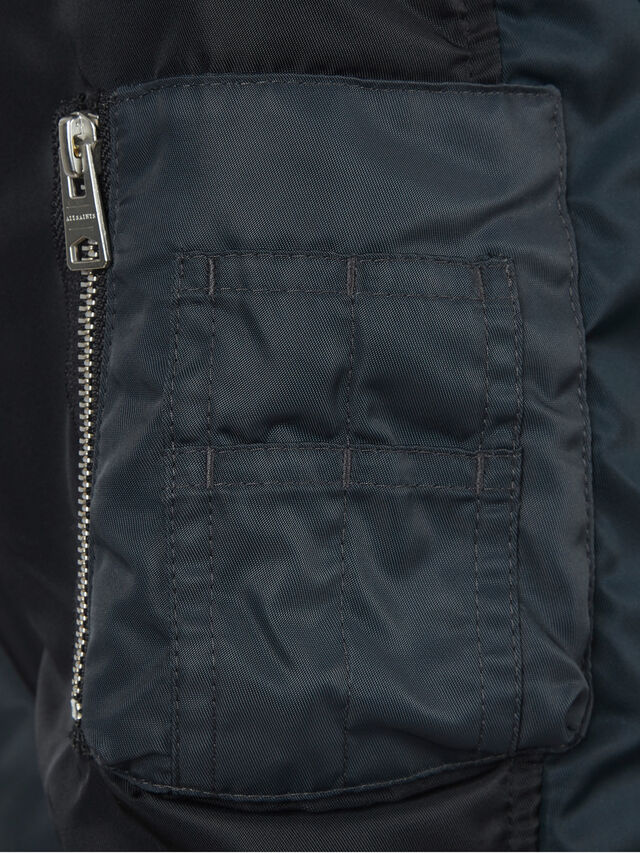 Regulus Bomber Jacket