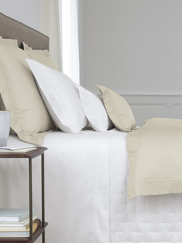 Triomphe Fitted Sheet