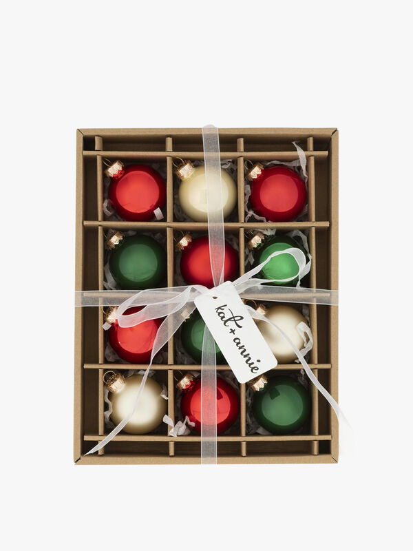 Box of 12 Christmas Round Baubles