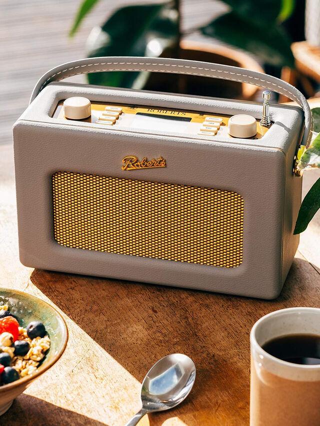 RD70 Revival Radio