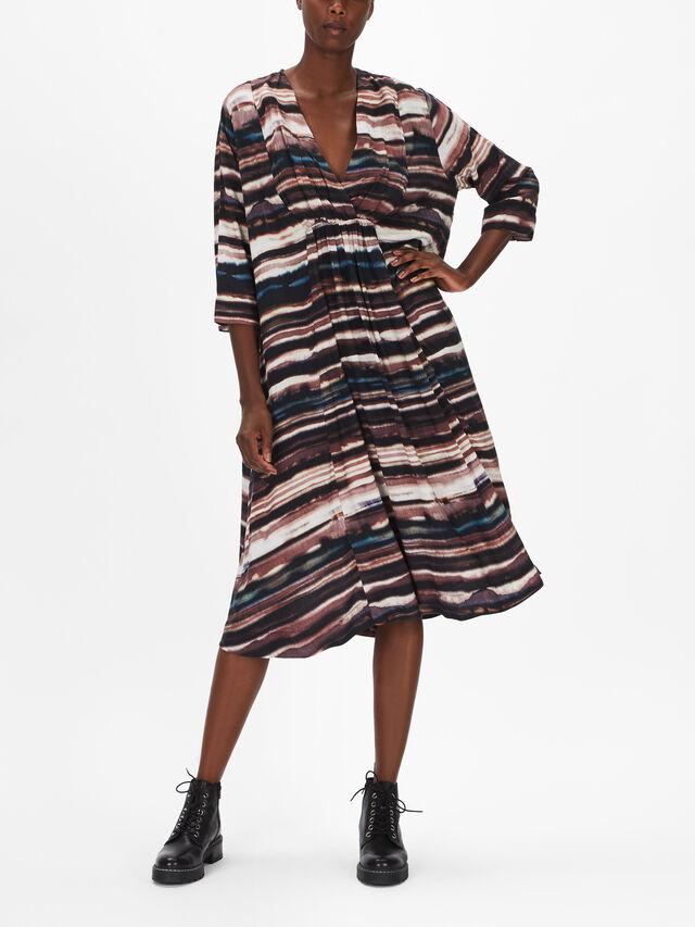 Neila Wave Print Oversized Vee Dress