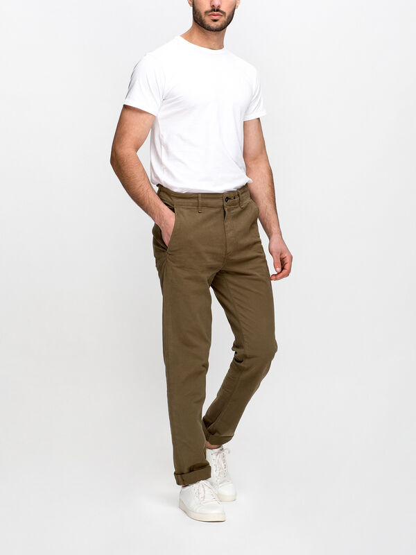Fit 2 Mid Rise Slim Fit Chino